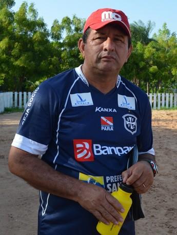 Cléo Colares, técnico do São Francisco sub-17 (Foto: Weldon Luciano/GloboEsporte.com)