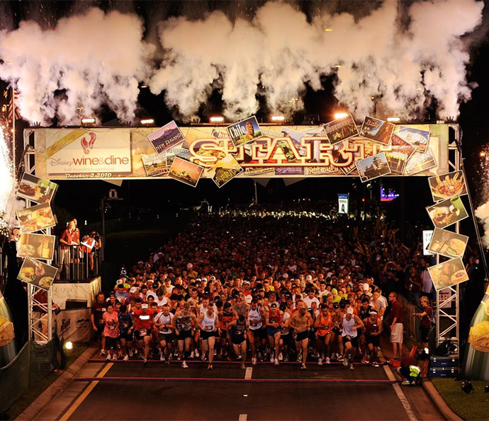 Wine & Dine Half Marathon é uma competição que termina com a participação no Epcot International Food & Wine Festival, no Epcot (Foto: Walt Disney World)