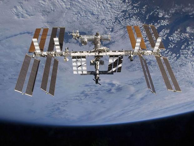 Estação Espacial Internacional muda órbita para driblar lixo espacial (Foto: Nasa)
