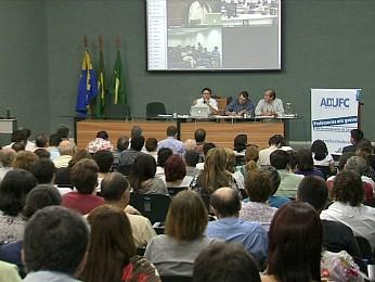 Assembleia ocorreu nesta manhã de quarta-feira (22) (Foto: TV Verdes Mares/Reprodução)