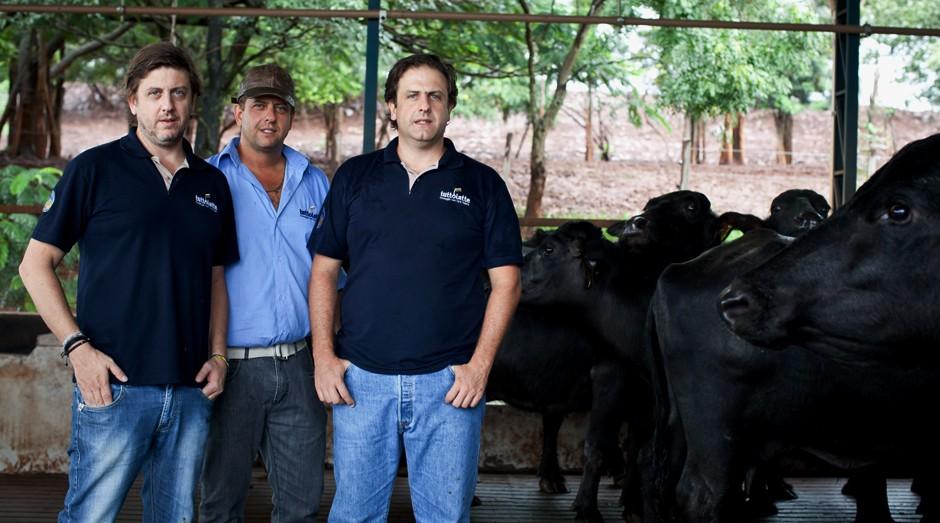 Ricardo, Fábio e Rodrigo Cotrim Rodriguez, das marcas Búfalo Dourado, Fazenda Sesmaria e Tuttolatte (Foto: Divulgação)