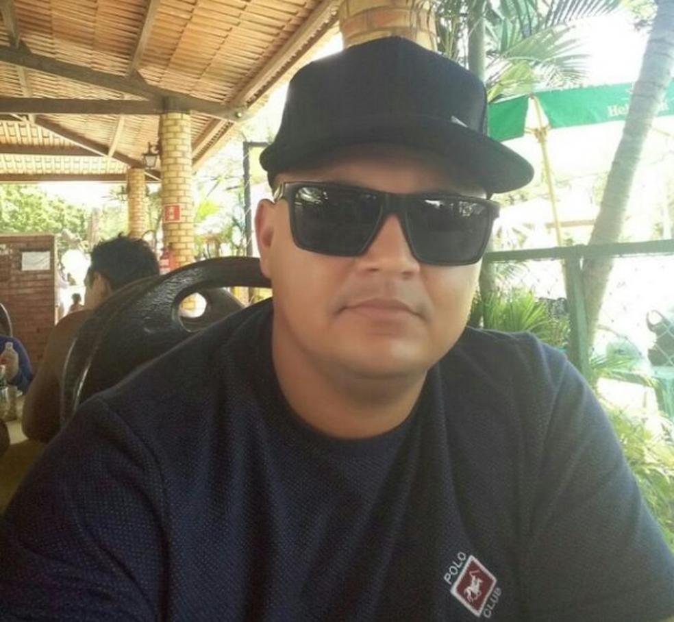 O corpo de Francisco foi encontrado dentro do táxi na BR-304 (Foto: Divulgação/Polícia Civil)