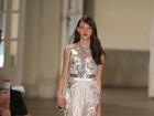 Melk Z-Da se inspira nas flores em desfile conceitual no Fashion Rio