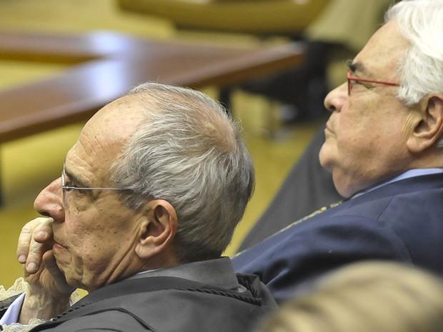 Em 6 de agosto de 2012, no julgamento do mesalão no STF, Márcio Thomaz Bastos, que representou José Roberto Salgado, ex-dirigente do Banco Rural, e José Carlos Dias, defensor da ex-presidenta do Banco Rural Kátia Rabello (Foto: José Cruz/ABr)