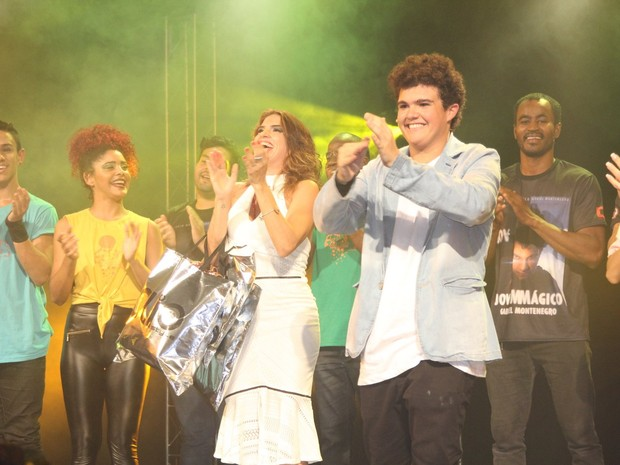 Fátima Montenegro e Gabriel Montenegro em espetáculo na Zona Oeste do Rio (Foto: Rogerio Fidalgo/ Ag. News)