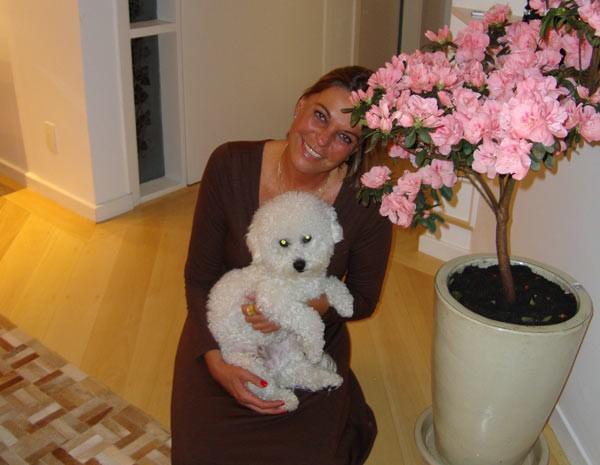 Eliane Rickli ficará quase um mês fora de casa e optará por deixar o cachorro na casa da empegada. (Foto: Arquivo Pessoal)