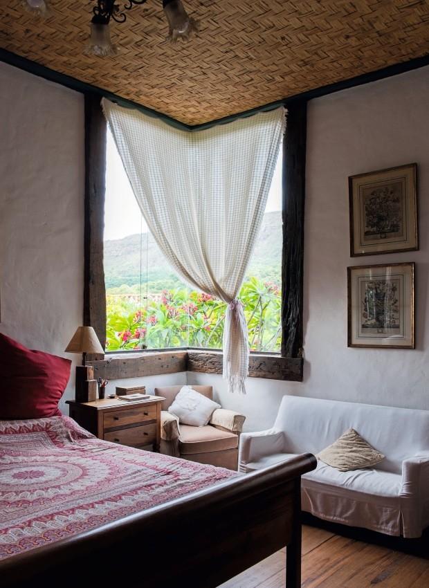 Sem pilar nos cantos,  casa ganha mais amplitude visual (Foto: Lufe Gomes / Editora Globo)