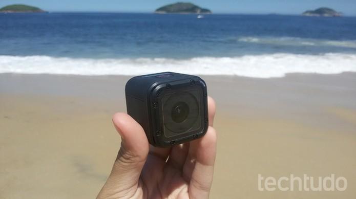 Mais focada em qualidade, a GoPro sai na frente no quesito qualidade de funções. (Foto: TechTudo/Isabela Giantomaso)