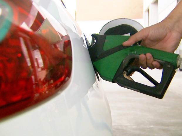 Após alta da gasolina, preço do etanol dispara na região de Ribeirão Preto (Foto: Alexandre Sá/EPTV)