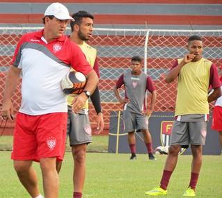 Noroeste, treino, Série A3, Vitor Hugo, Aguilar e Fernandinho (Foto: Bruno Freitas / Noroeste EC)