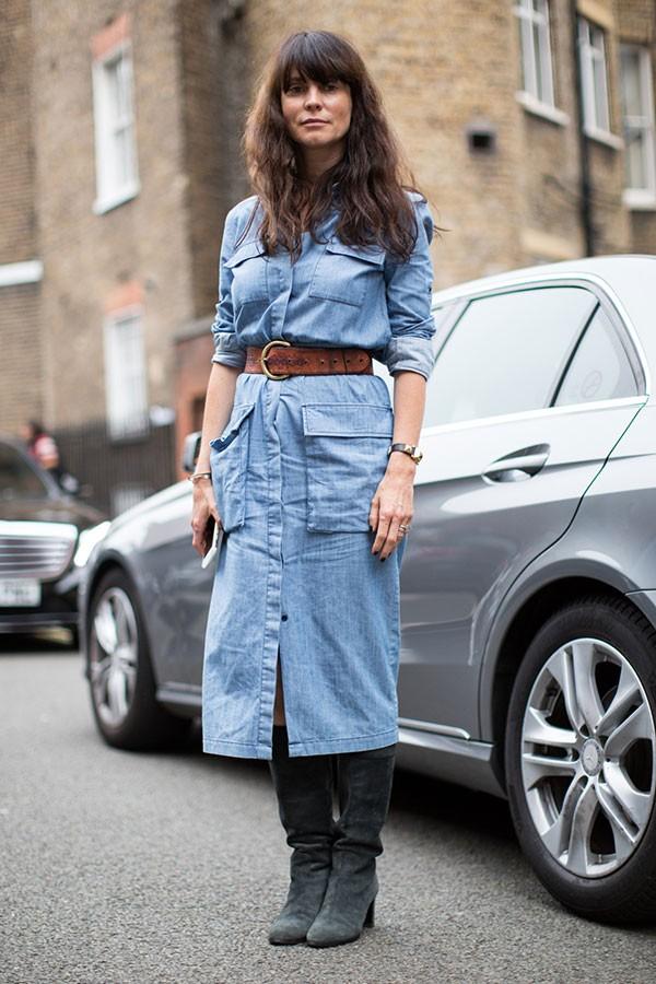 Vestido jeans (Foto: Imaxtree)