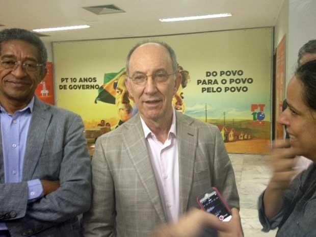 Vicentinho (esq.) e Rui Falcão concedem entrevista coletiva (Foto: Nathalia Passarinho/ G1)