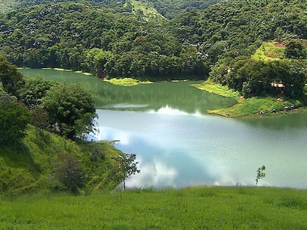 Corpo das crianças foi localizado na represa no fim da tarde desta segunda (20). (Foto: Reprodução/TV Vanguarda)