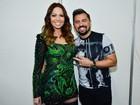 Solange Almeida posa com Xand em bastidores de show na Bahia