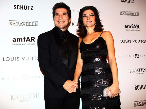 Daniel e a mulher no baile amfAR (Foto: Iwi Onodera / EGO)