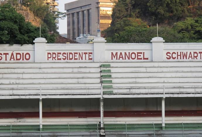 arquibancada Laranjeiras Fluminense (Foto: Hector Werlang)