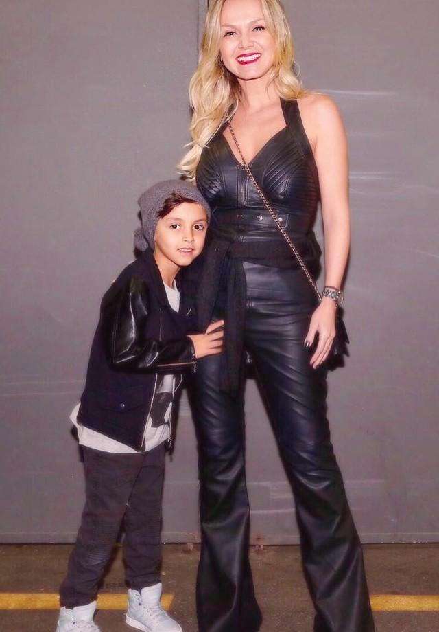 Eliana e o filho Arthur (Foto: Reprodução/Instagram)