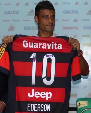 Ederson Flamengo apresentação (Foto: Fred Gomes/ Globoesporte.com)