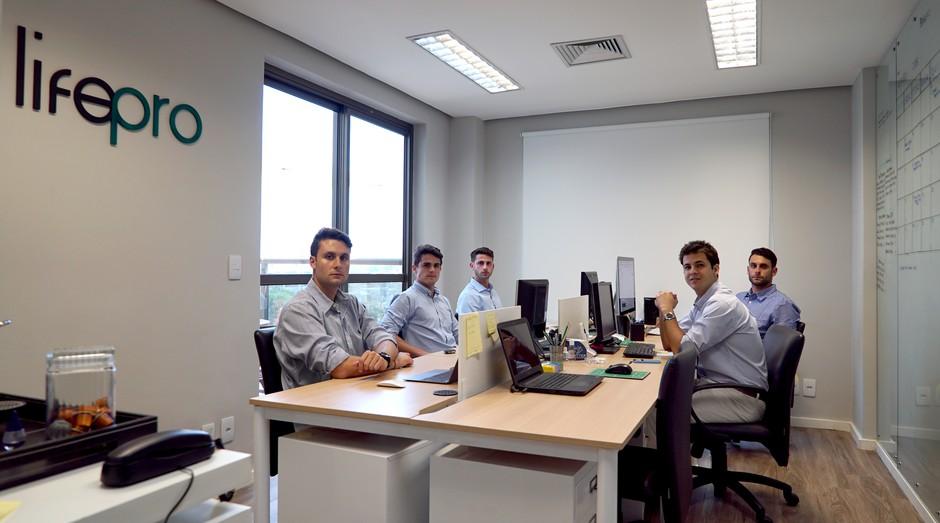 Lifepro, agência de jogadores de futebol (Foto: Felipe Cantieri)
