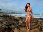 Fernanda D' Ávila mostra por que também é musa da cinturinha fina