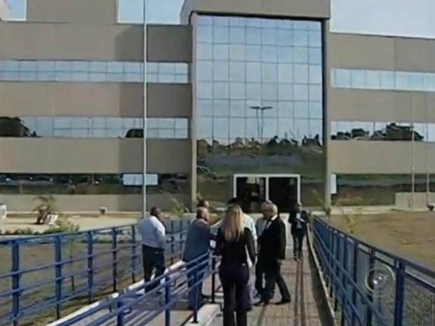 Prédio do Fórum foi inaugurado neste sábado (7) em Avaré (Foto: Reprodução/ TV TEM)