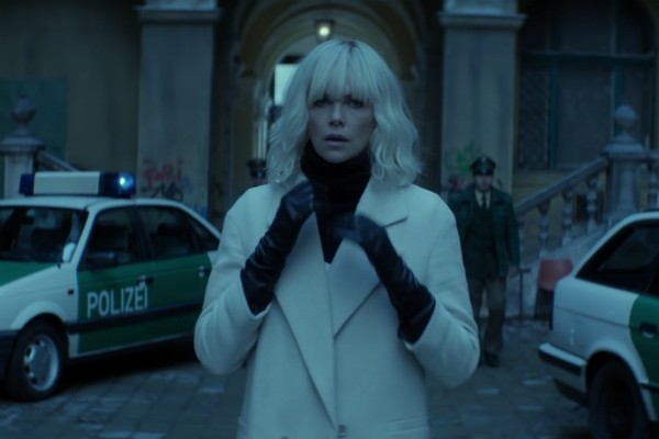 A atriz Charlize Theron no papel da protagonista de 'Atomica' (Foto: Reprodução)