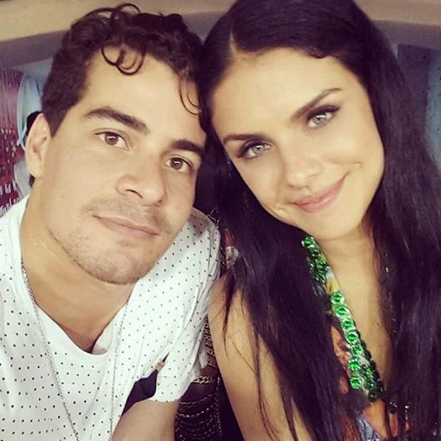 Thiago Martins e Paloma Bernardi (Foto: Reprodução/Instagram)