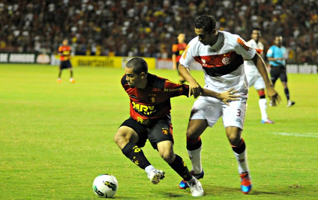 Sport x Flamengo (Foto: Aldo Carneiro/Pernambuco Press)