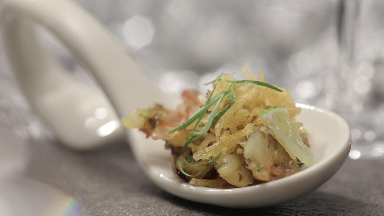 Bacalhau desfiado com ovos mexidos (Foto: GNT)