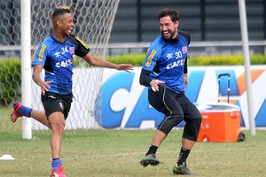Martín Silva e Rafael Silva (Foto: Paulo Fernandes/Vasco.com.br)