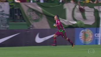 Edison Picolé, morto em acidente da Chape narra o pênalti salvo pelo goleiro Danilo (Reprodução TV Globo)
