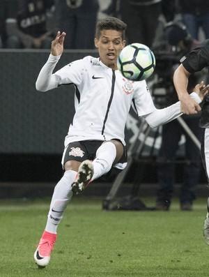 Pedrinho Corinthians x Botafogo (Foto: Daniel Augusto Jr. / Agência Corinthians)