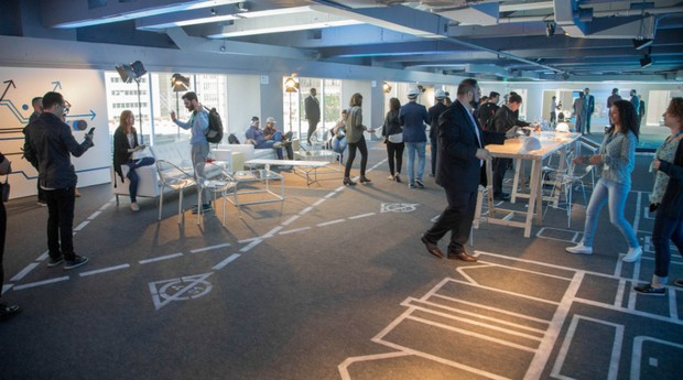 O espaço de mil metros quadrados conta com três salas de aula com até 40 lugares (Foto: Divulgação)