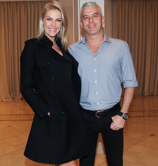 c8f64364b Ana Hickmann e o marido