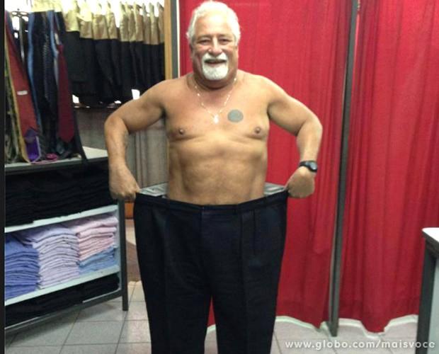 Depois de três meses, Marcelo está com quase 20 centímetro a menos de barriga (Foto: Mais Você / TV Globo)