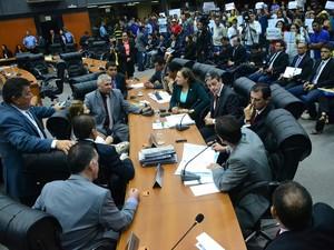 Deputados vão analisar documentos apresentados pelo MPC (Foto: SupCom ALE-RR)
