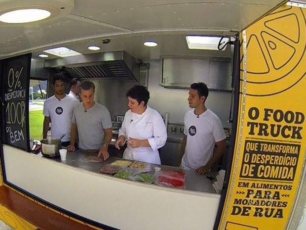 A chef Roberta Sudbrack participa do Feed Truck (Foto: Gshow)