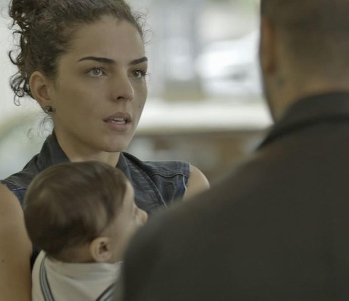Samurai encontra Ciça no aeroporto (Foto: TV Globo)