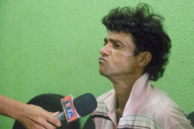 Ladrão foi preso em flagrante e levado à delegacia em Ribeirão Preto, segundo a polícia (Foto: Alfredo Risk/Futura Press/Estadão Conteúdo)