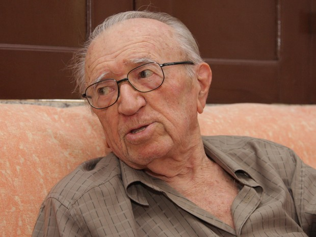 Poeta faria 90 anos em outubro (Foto: Flora Dolores/O Estado)