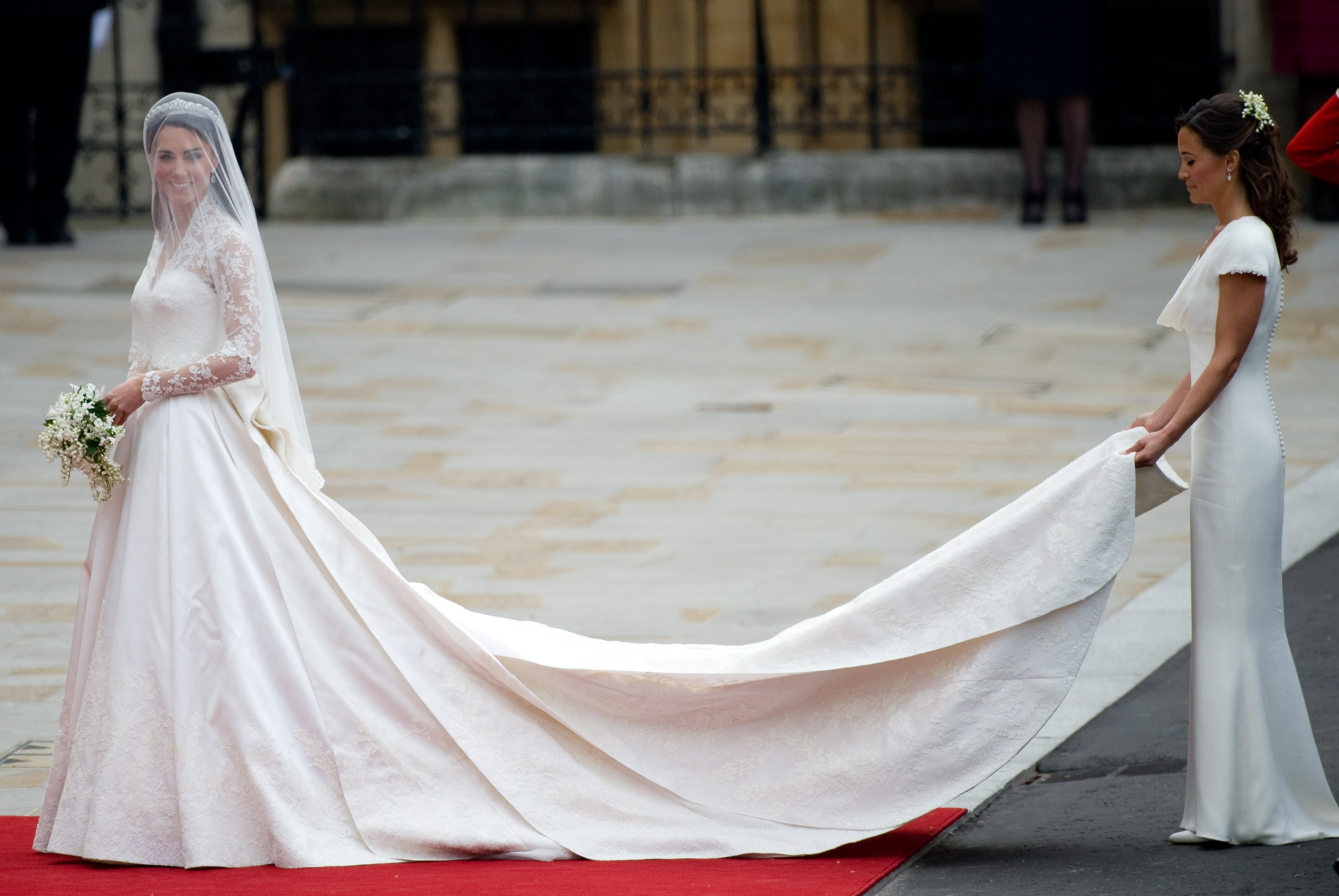 Kate Middleton e Pippa no casamento real  (Foto: Getty Images)