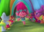 'Trolls' é animação musical que inova com explosão de cores e 3D