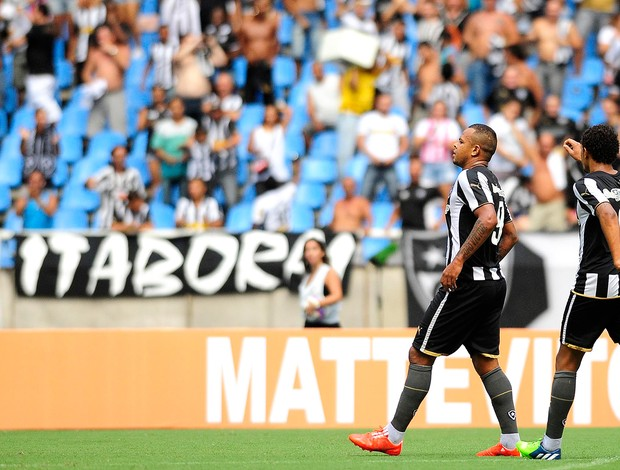 Bill, Botafogo x Bonsucesso (Foto: Dhavid Normando / Agência Estado)
