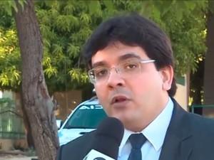 Secretário Rafael Fonteles informa que é inviável novos acordos com servidores  (Foto: Reprodução/TV Clube)