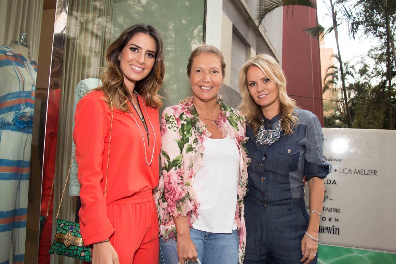 Nicole Pinheiro, Donata Meirelles e Erika dos Mares Guia Tourinho (Foto: Paula Brofman)