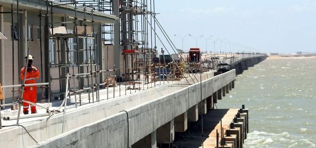 Superporto do Açu - Empreendimento da LLX, da EBX, é colocado como o maior empreendimento porto-indústria da América Latina (Foto: Felipe Hanower / Agência O Globo)