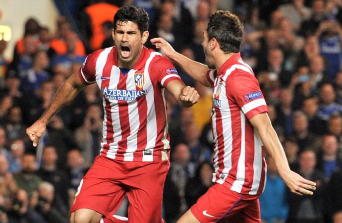 Diego Costa e Koke comemoram, Chelsea x Atlético de Madrid (Foto: AFP)