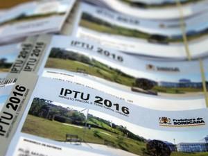 Chamada - Carnês de IPTU (Foto: Assis Cavalcante)