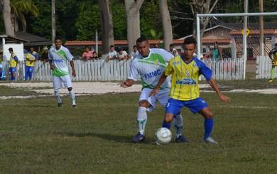 Santarém e Mojuí empatam na primeira fase da Copa das Ligas  Independente do Oeste do Pará (Foto: Sabrina Rabelo/ GloboEsporte.com)