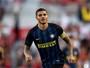 """Perto de igualar Ronaldo, Icardi exalta brasileiro: """"Melhor atacante da história"""""""